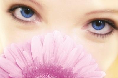 ooglidcorrectie bloem - Bent u een geschikte kandidaat voor ooglidcorrectie?